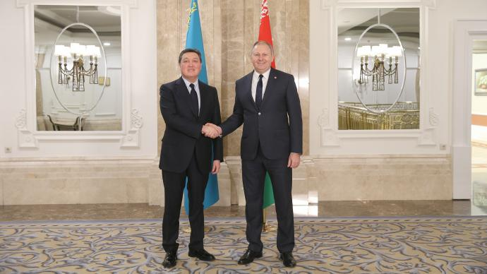 Askar Mamin meets with prime ministers of Belarus and Moldova